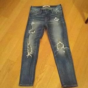 """ABERCROMBIE & FITCH """"RIPPED"""" JEANS 24W"""